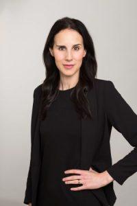 Porträt der Wirtschaftsexpertin Daniela Waldfogel