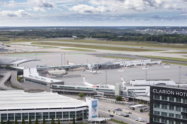 Blick auf Terminal 3 am Flughafen Arlanda