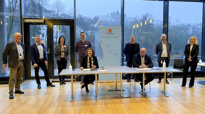 Vertragsunterzeichnung zwischen Skanska und Statens Vegvesen